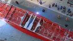 Geleceğin itfaiyeciliği için çılgın projeler, drone itfaiyelerle yangını söndürmek